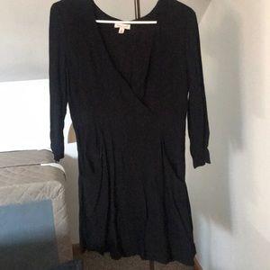 3/4 Sleeve Little Black Dress w/ Pockets!!
